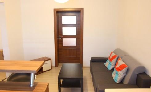 Na prenájom 2 izbový byt na Budyšínskej ulici v Novom Meste – Bratislava