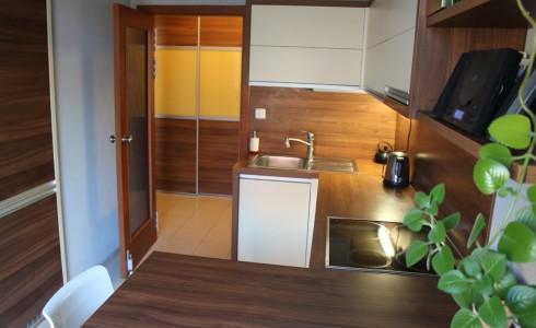 Na predaj 2 izbový byt orientovaný do dvora na Karadžičovej ul. v Starom Meste – Bratislava