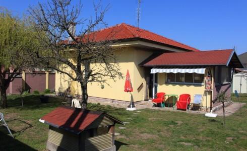 Na predaj rodinný dom na Športovej ulici v Gajaroch – Malacky